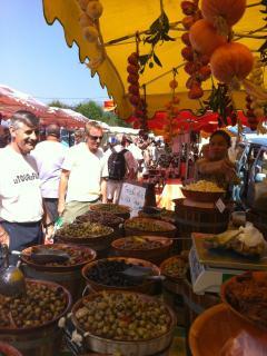 Wednesday is market day in Samoens.
