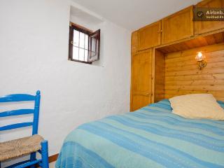 Casa Lola - small double room