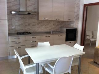 Appartamento bilocale a 50 mt dal mare, San Benedetto Del Tronto