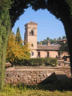 Nearby Granada - just 1 hour away