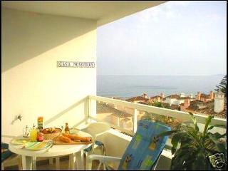 Seafront apartment in Estepona
