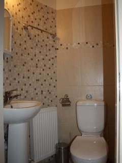 Ensuite Shower/toilet