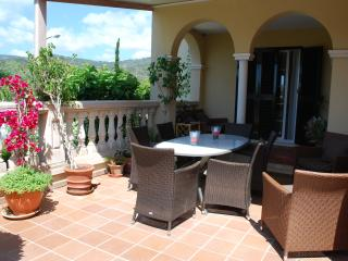 Beautiful house to rent in Pama, Palmanova
