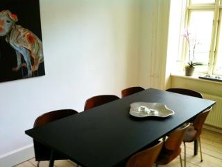Wonderful Old First Floor Apartment In Copenhagen - 2686