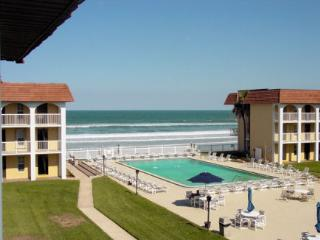 #312 Ocean Sunrise Suite 2BD/2BA Condo with ocean front balcony, car free beach