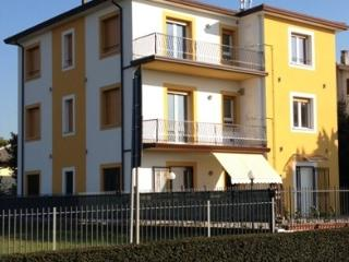Perla del lago rent apartments