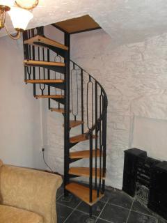 Spiral staircase to crug loft
