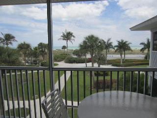 Great End Villa with a 2nd Floor view of Beautiful Gulf Sunsets! A3421A