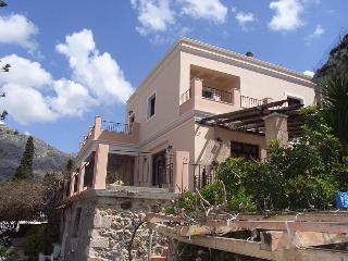Lovely House with private pool and spa near beach in Kalymnos island