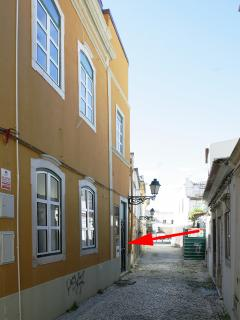 small pedestrian lane