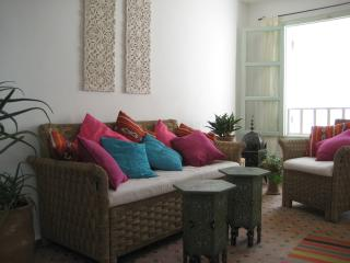 Dar Nicola Essaouira. Lovely quiet arty house in prime location. Sea views.