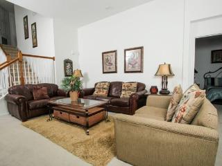 5 Bedroom 5 Bath Pool home in Windsor Hills That Sleeps 12. 2647DS, Orlando