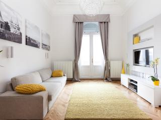 LUXURY STAY IN DOWNTOWN BUDAPEST