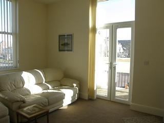 Lovely sunny corner lounge