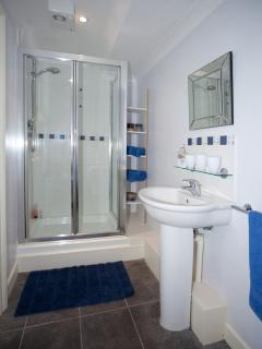 Ensuite Bathroom off Double Bedroom