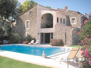 Villa Celeste, Trausse