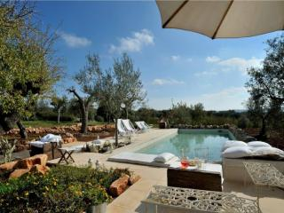 Masseria Montefieno - Stunning Masseria with large pool and wifi, Conversano