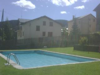 Alp,La Cerdanya apartamento con piscina-HUTG019796
