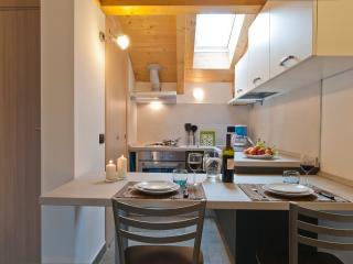 Studio 'Blu Night' at Second Floor - The Kitchen