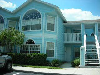 Rainforest Place Condo with a Terrace, Tennis Court, and Pool, Kissimmee