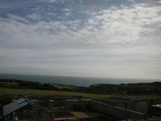 Bakers Dozen - Three Bedroom Coastal Cottage, Isle of Portland
