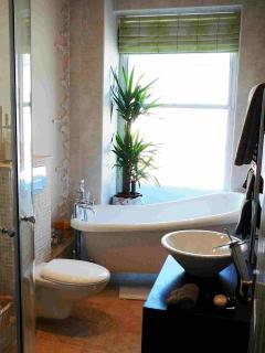 Slipper Bath and Shower in Moonlight Apartment, Durham