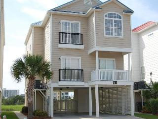 5 bedroom, 4 bath, private house w/private pool, sleeps 14, North Myrtle Beach