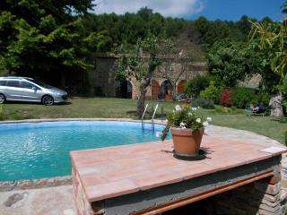 casa julia con giardino e piscina esclusivi
