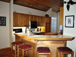 3 Bedroom/3.5 Bathroom, Duplex, Private 2-Car Garage, Phase 4!, Mammoth Lakes