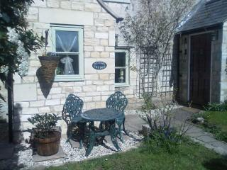 Mid terrace cotswold stone cottage full of character features and comfort.