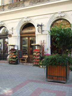 Fruit shop, Hajos utca