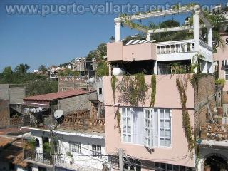 Studio sleeps 2. in Old Town, Puerto Vallarta
