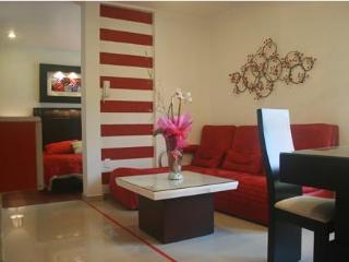 Business Suite RED near Reforma Avenue