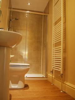 En-suite shower to the double bedroom on the second floor
