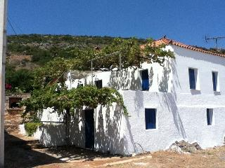 Monemvasia TRADITIONAL STONE COTTAGE