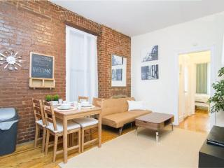 2br apartment steps away from Union Square