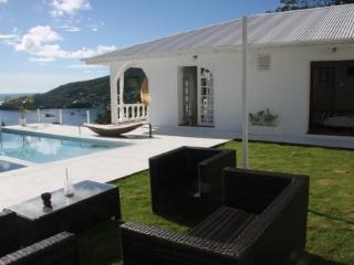 Villa, Garden, Outdoor Sofa Set and Pool