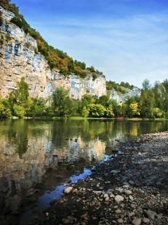 River Dordogne at Gluges