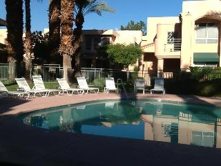 Great Condo in Resort-Like Gated Complex, Palm Springs