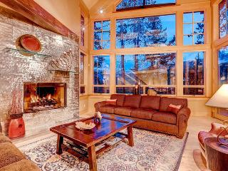 The Kokomo Lodge-JAN 2016 JUST REDUCED! SKI IN/OUT, Frisco