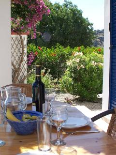Dining al fresco with view of the garden