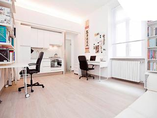 Design Apartment, Milan Center