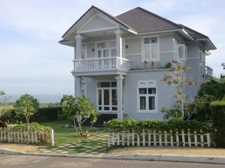 Vietnam Mui Ne A Spring Haven DeLux Villa Sea Link