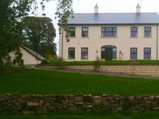 Carrowkeel House, Tempo