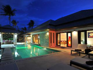 Luxury Four Bedroom Villa located at Bophut Hills, Koh Samui