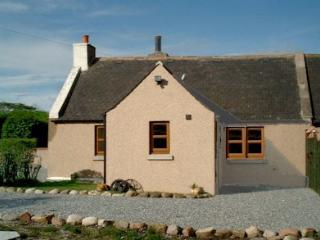 BLAEMUIR COTTAGE, Buckie