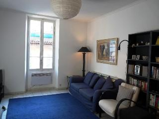 Excellent Cannes 2 Bedroom Holiday Home, Suquet Breeze