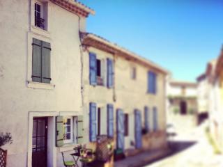 MAISON DE VILLAGE PROVENCALE, Greoux les Bains