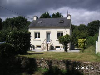 Charming French Holiday House  (Ty Gwenn)