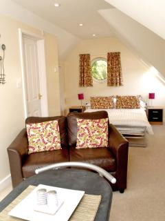 A very spacious studio for two. Roomy and with all you need for a comfortable stay.